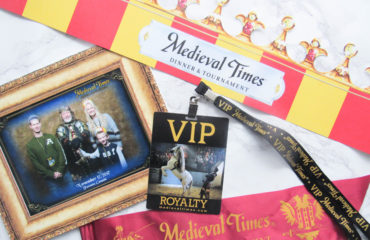 Early Christmas Gift to Medieval Times Dinner & Tournament + Giveaway!