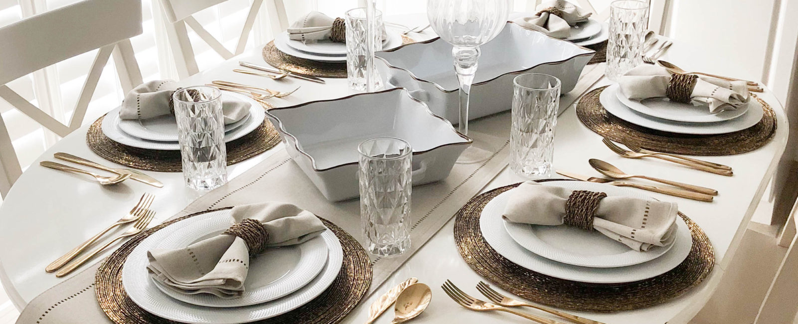 Creating a elegant table for Thanksgiving Dinner