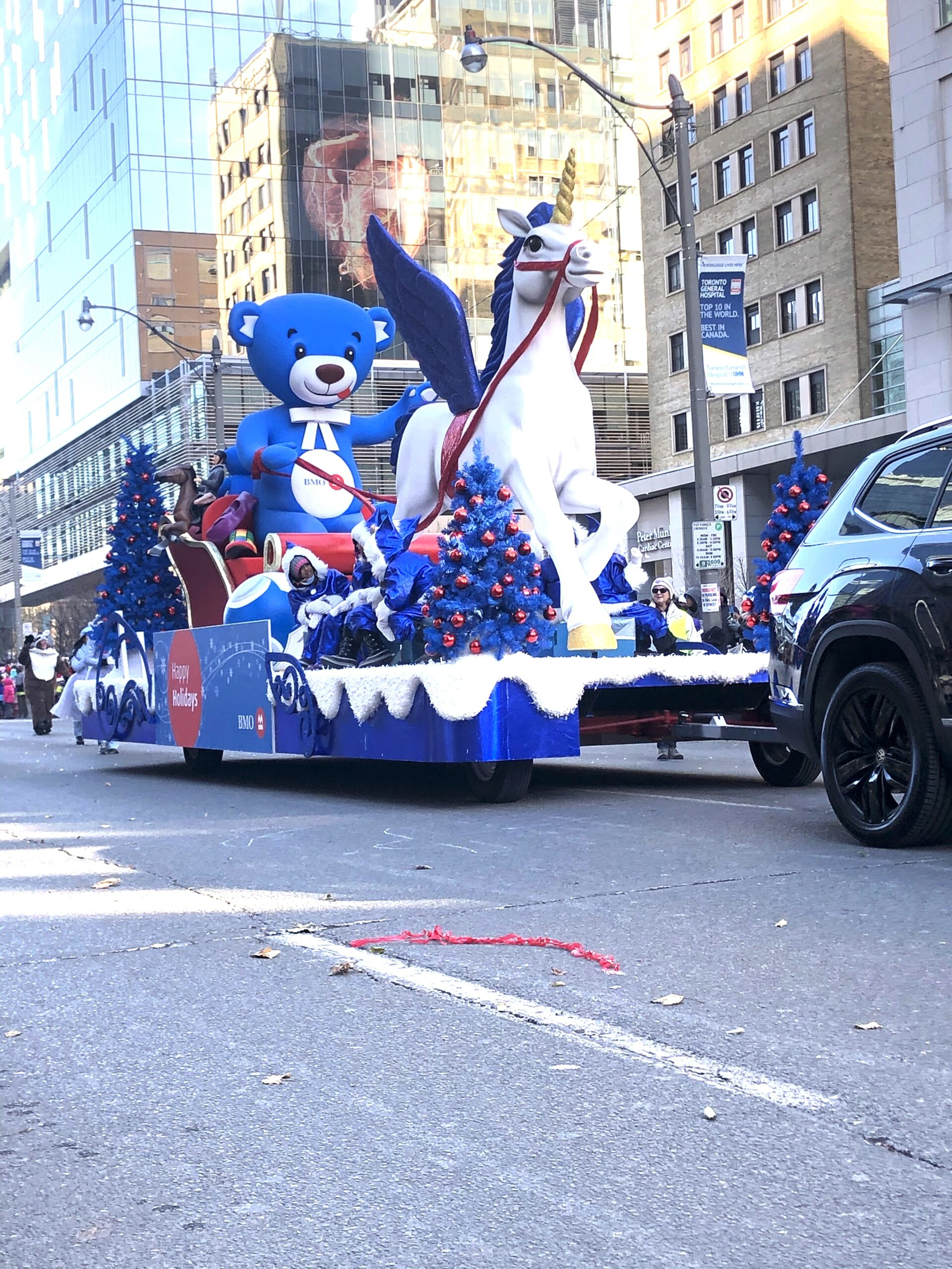 Santa Calus Parade Toronto on Livin' Life with Style