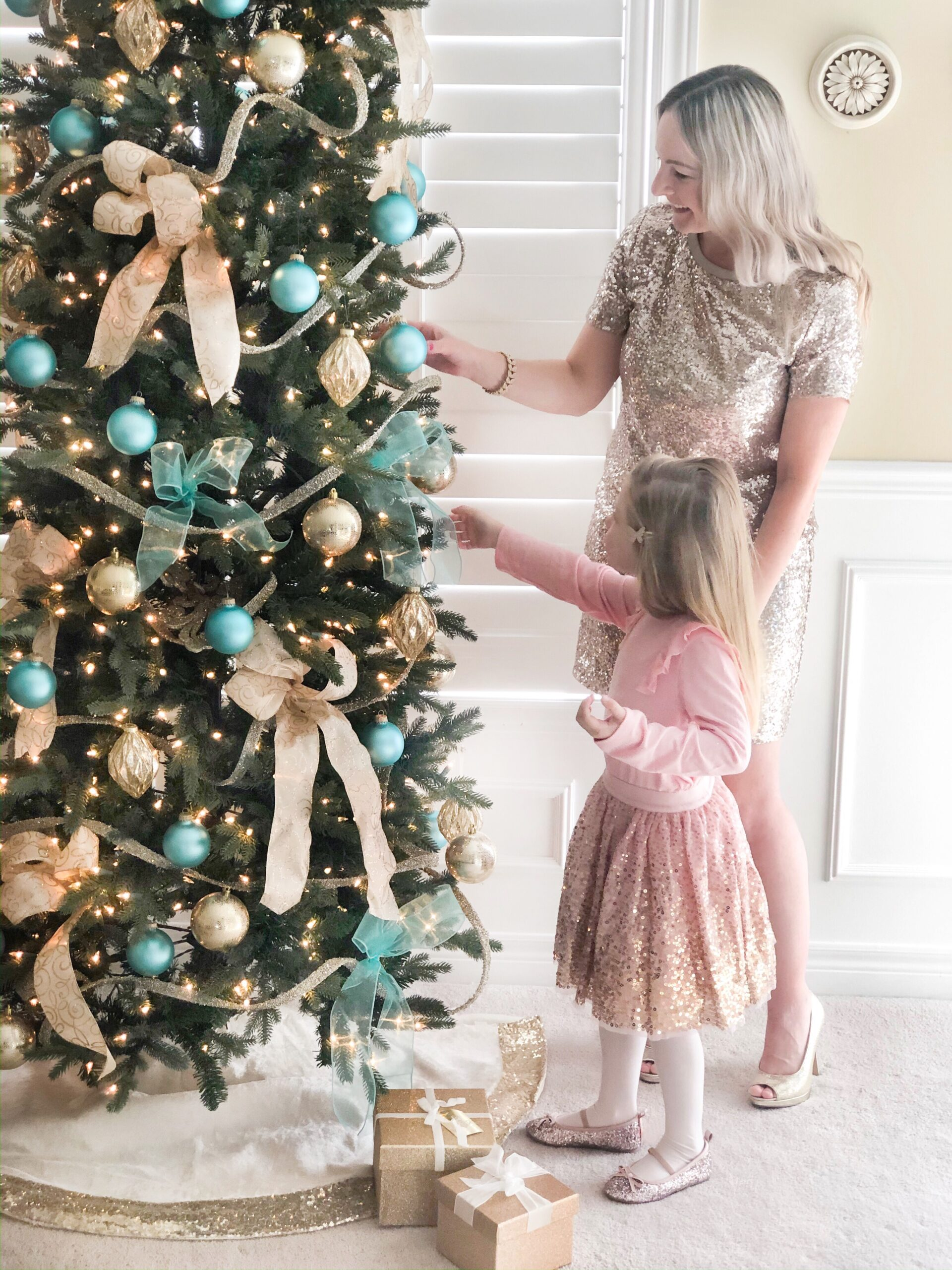 Mother and Daughter holiday looks from Joe Fresh on Livin' Life with Style