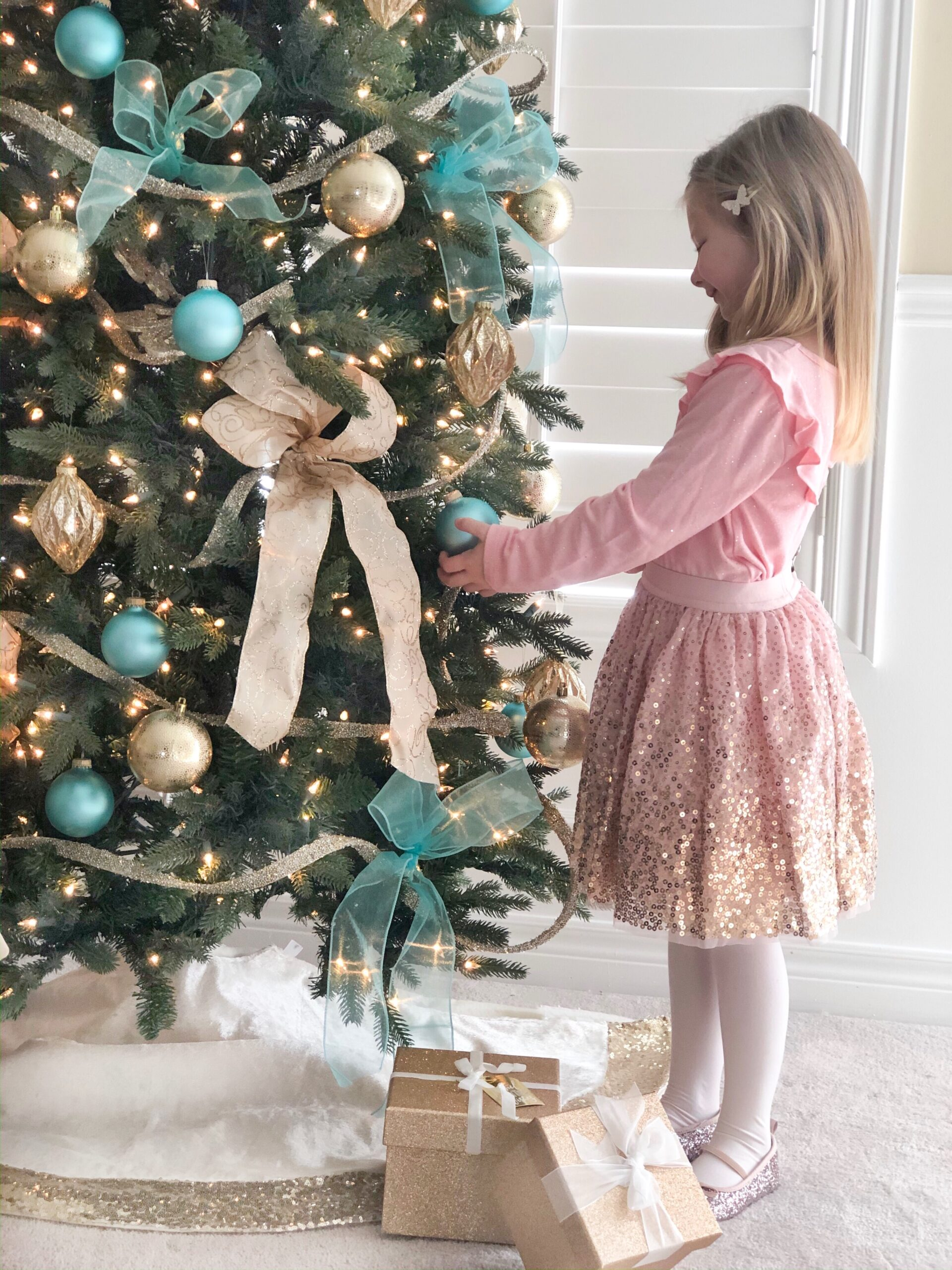 Holiday Looks for Kids on Livin' Life with Style