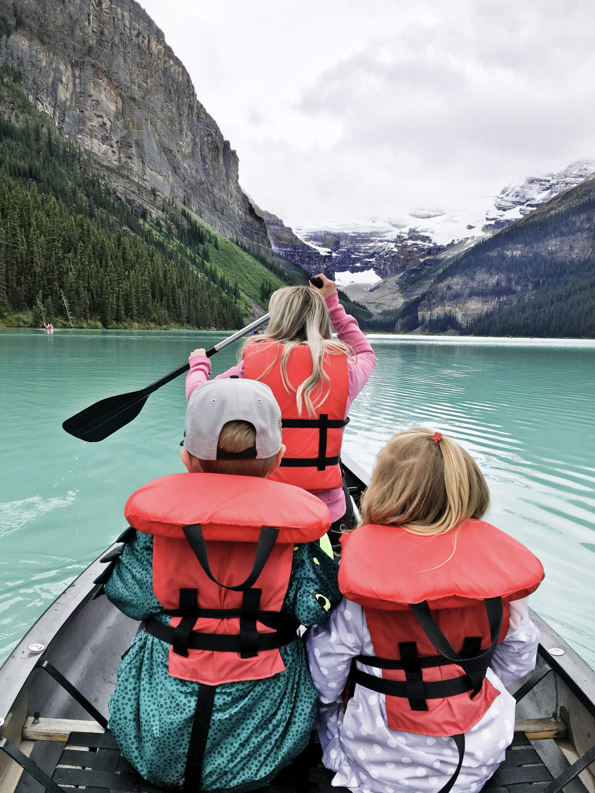 Banff Travel Guide- Lake Louise on Livin' Life with Style