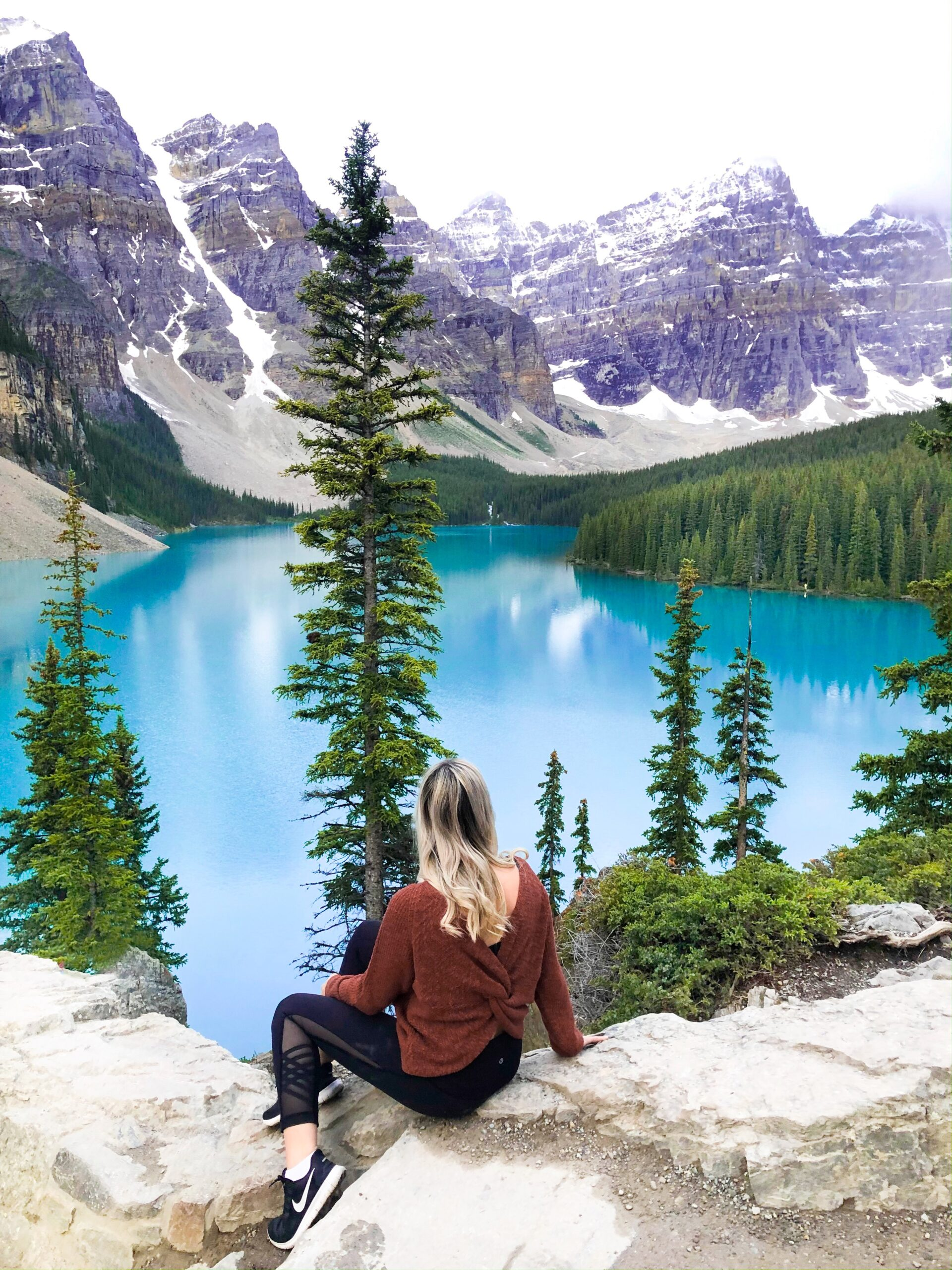 Banff Travel Guide- Moraine Lake on Livin' Life with Style